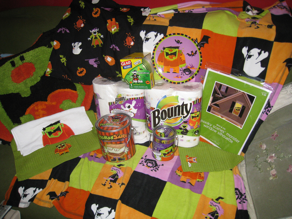 Halloween Hunting at Target! | CollectingCandy.com