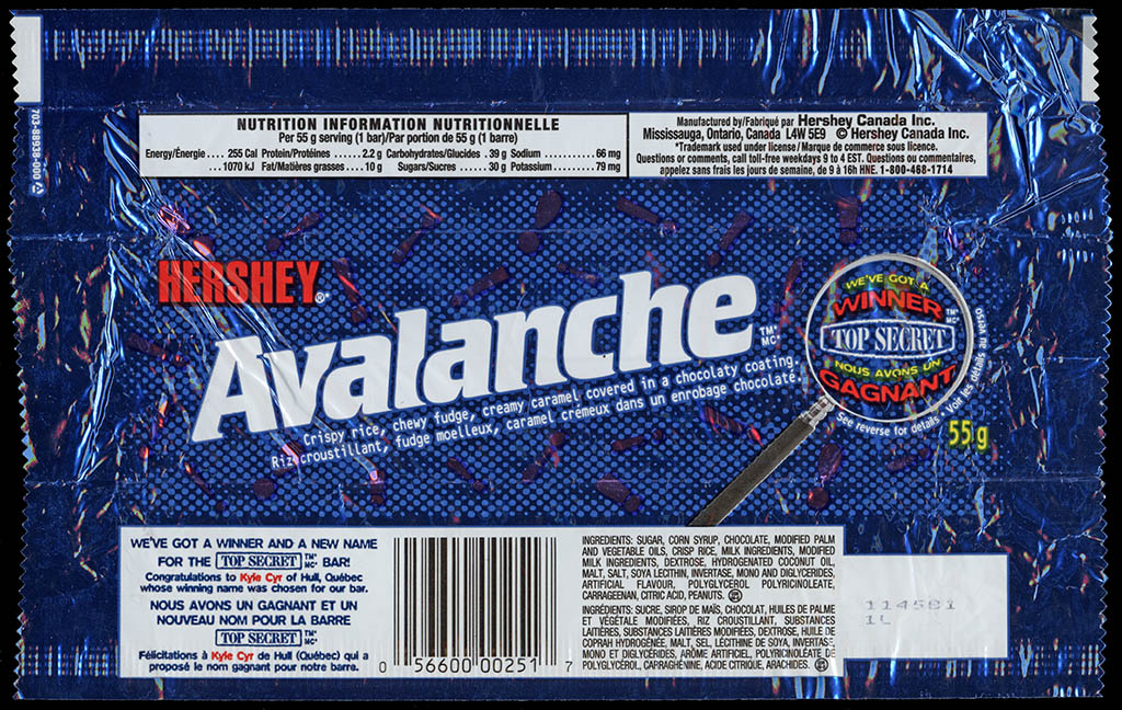 Canada - Hershey - Avalanche - chocolate candy bar wrapper - circa 2000