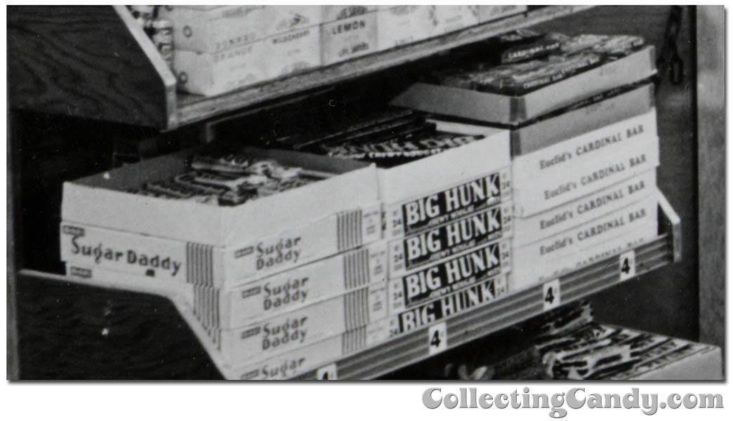 1953 Halloween Grocery picture - Sugar Daddy Big Hunk Euclid's Cardinal Bar close-up