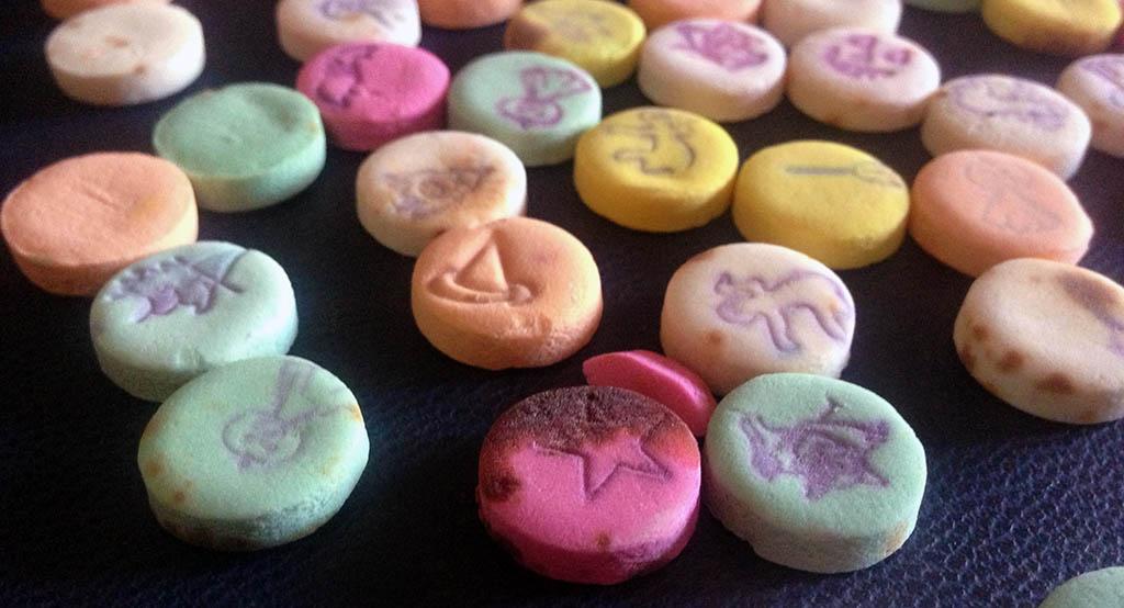1980's Stark Halloween Treats candy pieces.