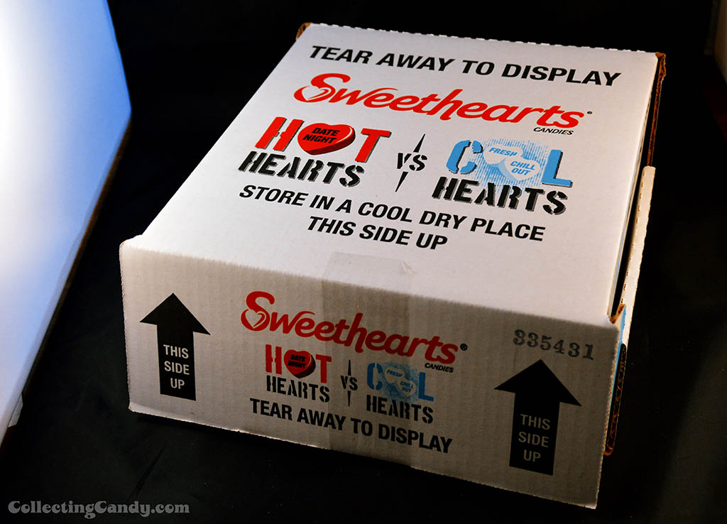 Sweethears Hot Vs Cool display box closed