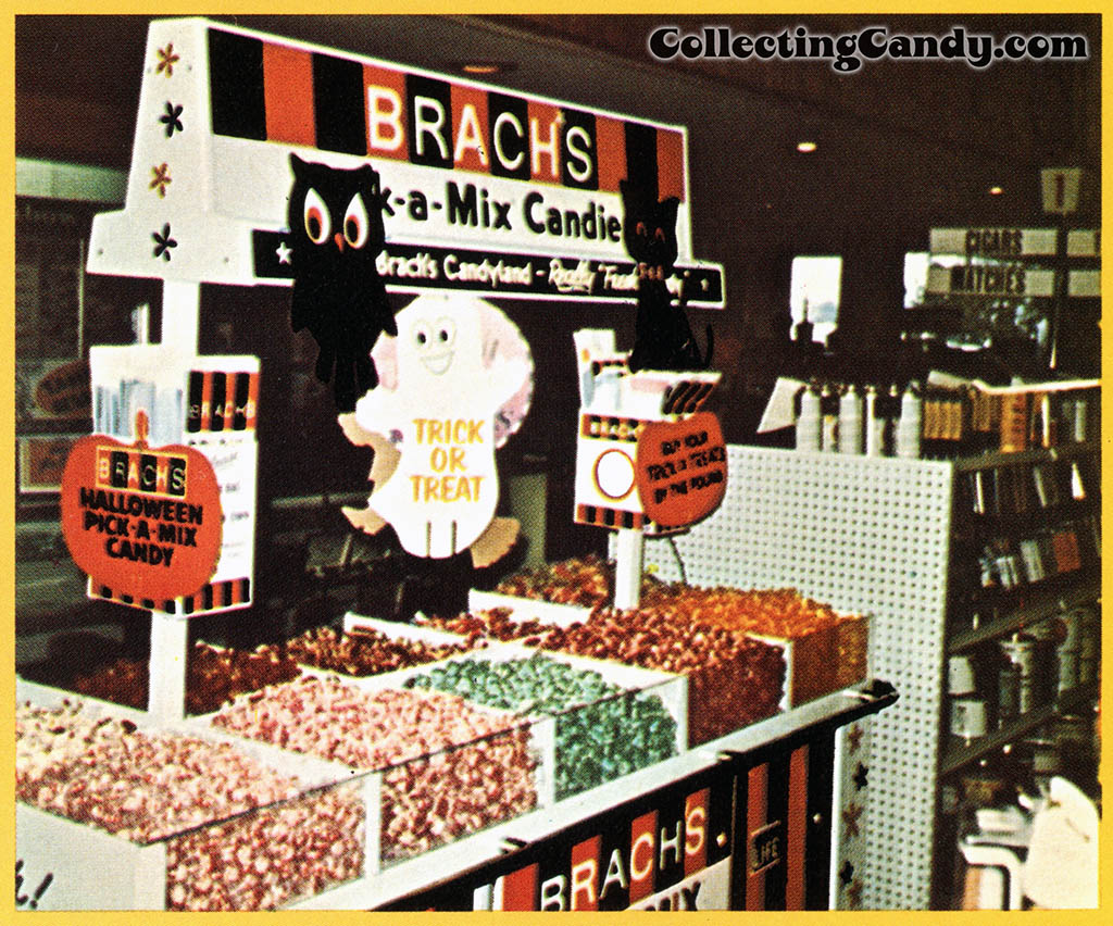Brach's 1971 Halloween Salesman Packet - Color P-O-P flyer - Close-up 01