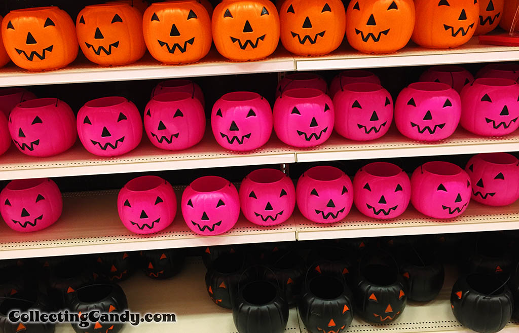 Halloween shopping for CollectingCandy Halloween Coverage - September 2014