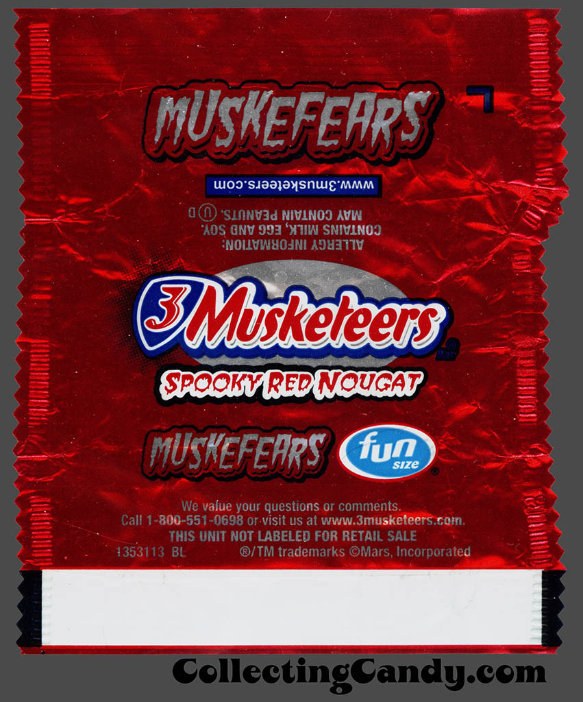 Mars - 3-Musketeers Spooky Red Nougat - Muskefears - Halloween Fun Size candy wrapper - October 2016